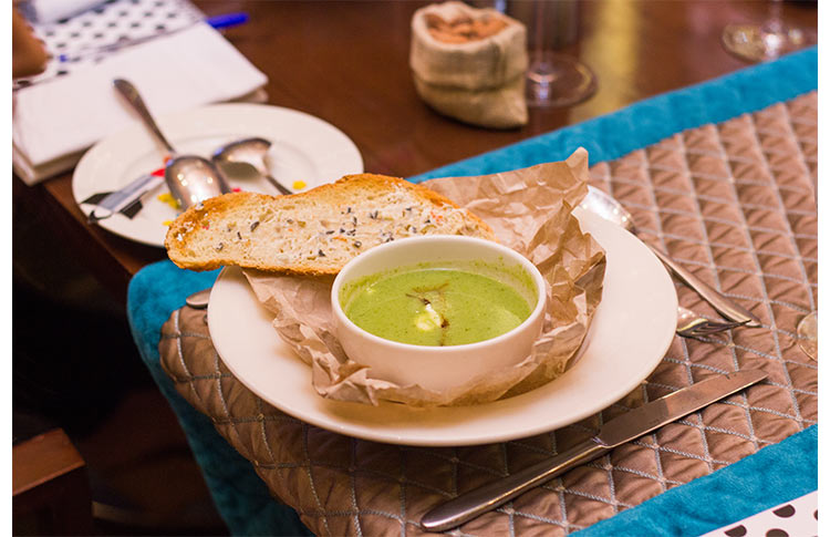 Broccoli Soup with Olive Roasted Toast